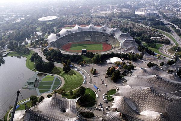 Olympiapark mit Seebühne