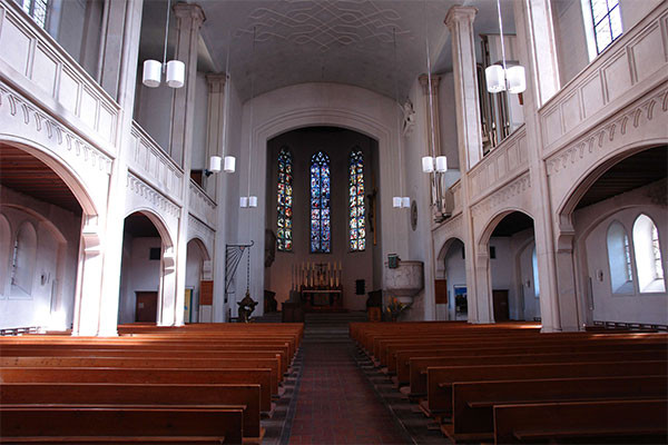 Sankt-Markus-Kirche_crop-scale600_vorher